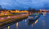 picture of avignon  - A boat at Avignone moorage  - JPG