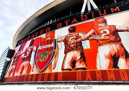 Front facia of The Emirates Stadium