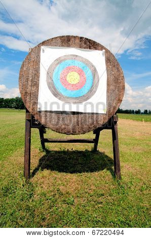 Arrow target shield on a shooting arena