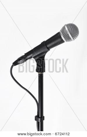 Mikrofon mit einer Schnur