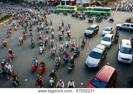 Circulation By Motorbike At Asia City