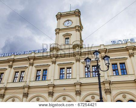 Moscow, Russia, on June 25, 2014. Komsomolskaya Square and Leningrad station