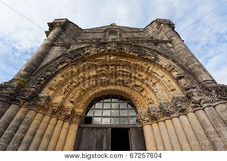 West Facade Archivolts Of Notre-dame De L'assomption De Fenioux.church , Xii Century