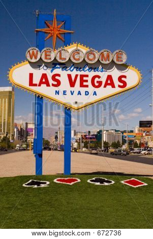 Vegas Sign With NEW Grass