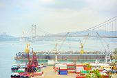 picture of tsing ma bridge  - Hong Kong comercial container port  - JPG
