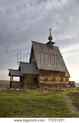 Wooden Church of the Resurrection (Voskresenskaya) (1699) on Levitan's mountain. Ples, Golden Ring o