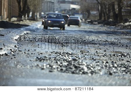 Traffic in the bad road-Izhevsk