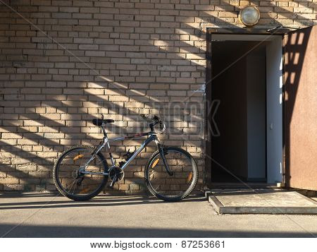 The bike against the wall