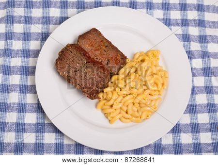 Meatloaf With Mac And Cheese