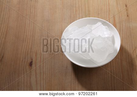 top view rock sugar in a saucer