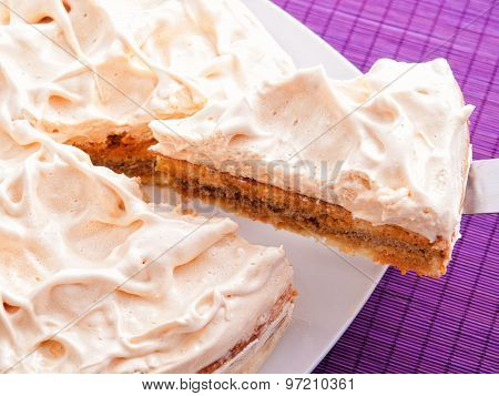 Cake With Vanilla Frosting