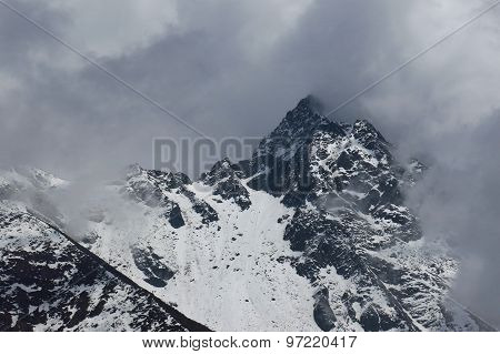 Cloudy Day In Gokyo