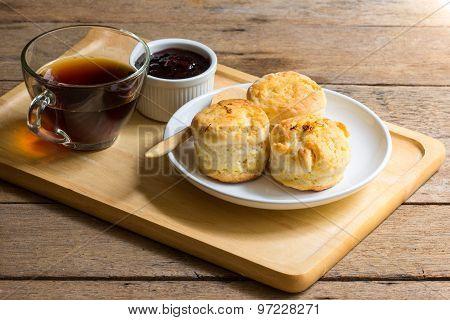 Orange English biscuit