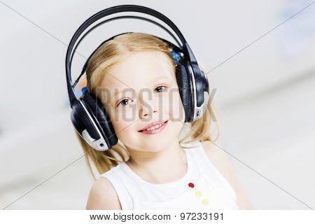 I like listen music