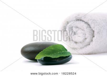 Spa stilleben-handtuch isoliert auf weißem Hintergrund