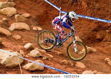 Uci Mtb World Cup Downhill Rider Through Rock Garden