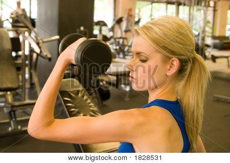 Frau Gewichtheber 10