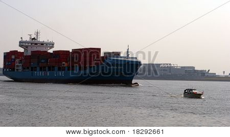 Containerboat Going Out