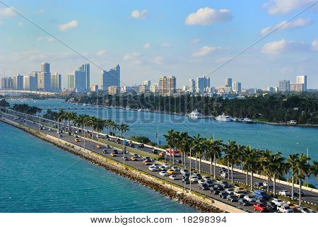 MacArthur Causeway and Miami Skyline