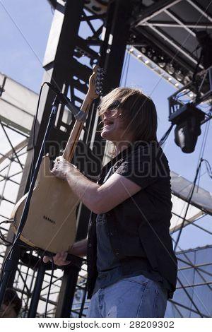 CLARK, NJ - SEPTEMBER 11: Lead singer Dave Pirner of the band Soul Asylum performs at the Union County Music Fest on September 11, 2010 in Clark, NJ.