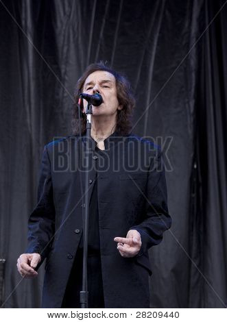 CLARK, NJ - SEPTEMBER 12: Lead singer Colin Blunstone of The Zombies  performs at the Union County Music Fest on September 12, 2010 in Clark, NJ.