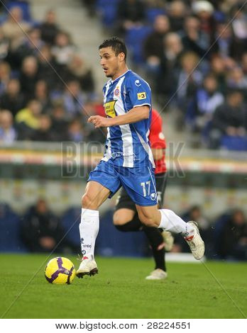 BARCELONA - JAN 24: The Argentinian player Osvaldo of Espanyol during the Spanish League match against Mallorca at the Estadi Cornella on January 24, 2010 in Barcelona, Spain