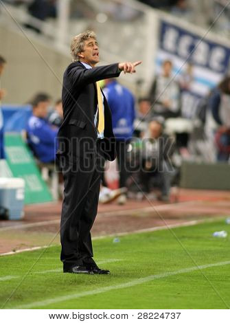 BARCELONA - OCT 18: Manuel Pellegrini coach of Villareal during a Spanish League match between Espanyol and Villareal at the Olympic Stadium on October 18, 2008 in Barcelona, Spain