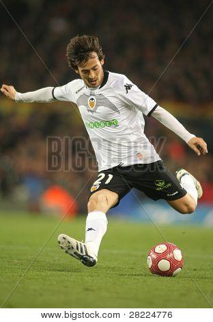 BARCELONA - 14 de marzo: David Silva del Valencia CF en acción durante un partido de la Liga española entre el FC