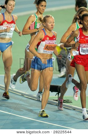 BARCELONA, SPAIN - JULY 28: Inga Abitova of Russia competes on the Women 10000m final during the 20th European Athletics Championships at the Olympic Stadium on July 28, 2010 in Barcelona, Spain