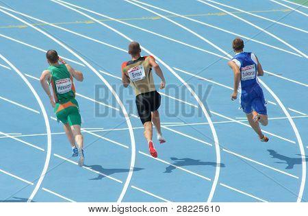 BARCELONA, España - 29 de julio: Competidores de hombres de 200 m de los campeonatos europeos de Atletismo 20 en