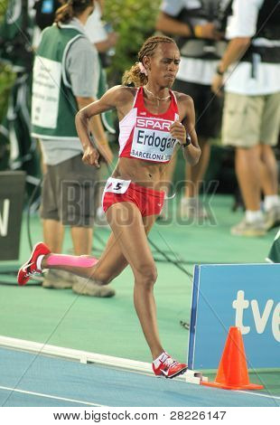 BARCELONA - AUG 1: Meryem Erdogan of Turkey during 5000m women final of the 20th European Athletics Championships at the Olympic Stadium on August 1, 2010 in Barcelona, Spain