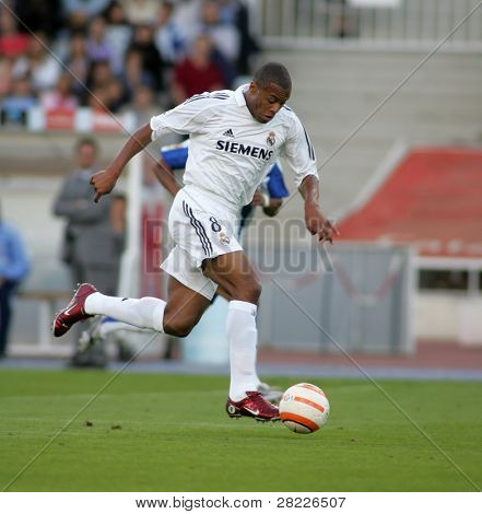 BARCELONA- SEPT 18: Julio Baptista of Real Madrid in action during  the match between Espanyol and Real Madrid at the Olympic Stadium on September 18, 2005 in Barcelona, Spain