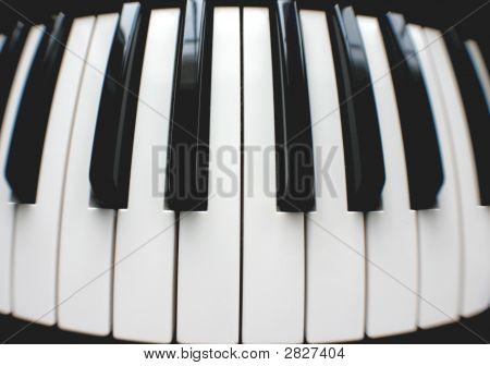 Round Piano Keyboard