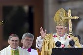 BARCELONA - NOVEMBER 7: Pope Benedict XVI (Joseph Alois Ratzinger) at Basilica and Expiatory Church
