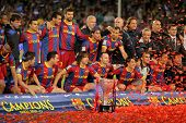 BARCELONA - MAY 15: FC Barcelona's players celebrate La Liga trophy after the match between Barcelon