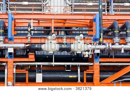 The Equipment Of Floating Factory On Oil Refining