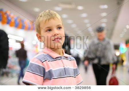 Child in shop