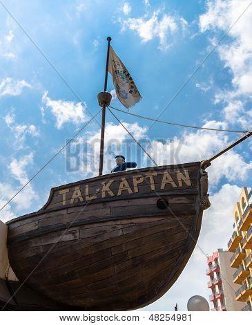 Tal-Kaptan Boat