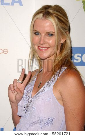 Maeve Quinlan at the OmniPeace Benefit To Stop Extreme Poverty in Sub-Saharan Africa. Kitson Men, Los Angeles, CA. 06-21-07
