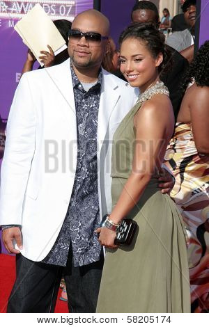 Alicia Keys and guest arriving at the 2007 BET Awards. The Shrine Auditorium, Los Angeles, CA. 06-26-07