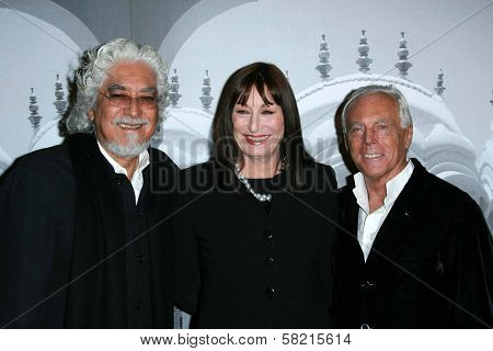Robert Graham with Anjelica Huston and Giorgio Armani at the Giorgio Armani Prive Show to celebrate the Oscars. Green Acres, Los Angeles, CA. 02-24-07