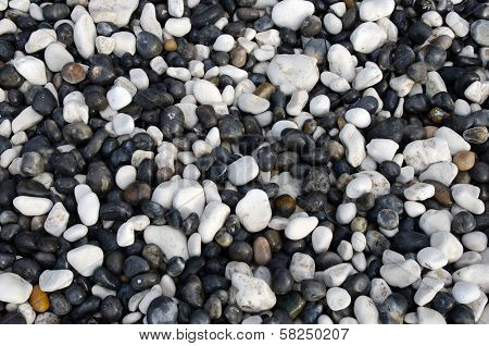 Black and white pebbles