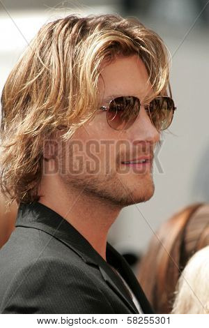 Gabriel Aubry at the ceremony honoring Halle Berry with the 2,333rd star on the Hollywood Walk of Fame. Hollywood Boulevard, Hollywood, CA. 04-03-07