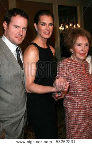 Chris Henchy with Brooke Shields and Nancy Reagan at the Saks Fifth Avenue and Colleagues Annual Spring Luncheon honoring Brooke Shields. Beverly Wilshire Hotel, Beverly Hills, CA. 04-10-07