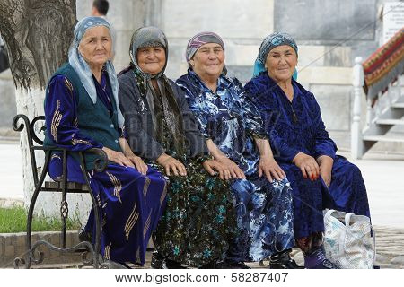 Four old woman sitting on a bench, Samarkand, Uzbekistan
