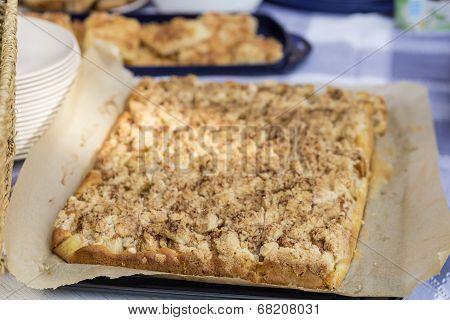 Streusel Cake