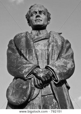 estátua de BW