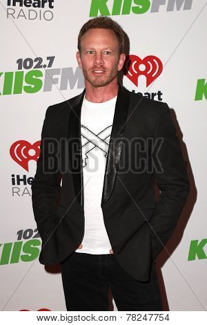 LOS ANGELES - DEC 5:  Ian Ziering at the KIIS FM's Jingle Ball 2014 at the Staples Center on December 5, 2014 in Los Angeles, CA