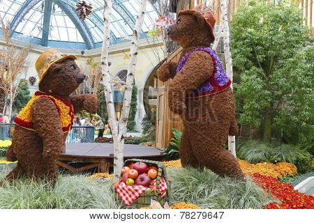 Floral sculptures in the Conservatory of Bellagio Hotel and Casino