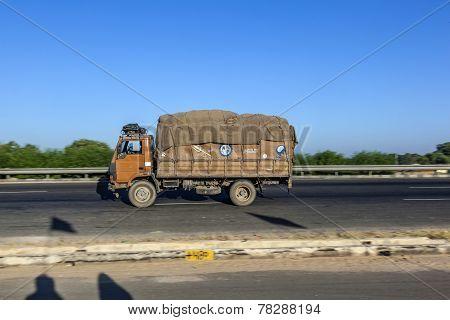 Truck Uses The Yamuna Express Way